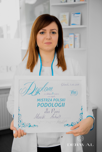 Training courses and on-the-job training for podiatrists at Derm-Al